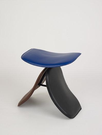 Sorry! Yanagi 2007 Found wooden chair elements Seats are used from various reproduction chairs and after named after the Butterfly stool by Sori Yanagi